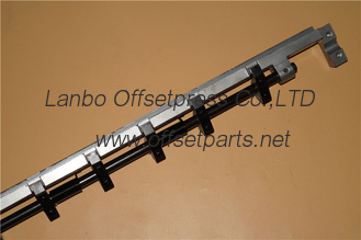 China SBD1403F gripper bar 11 tooth L=1020mm made in china for offset printing machine supplier